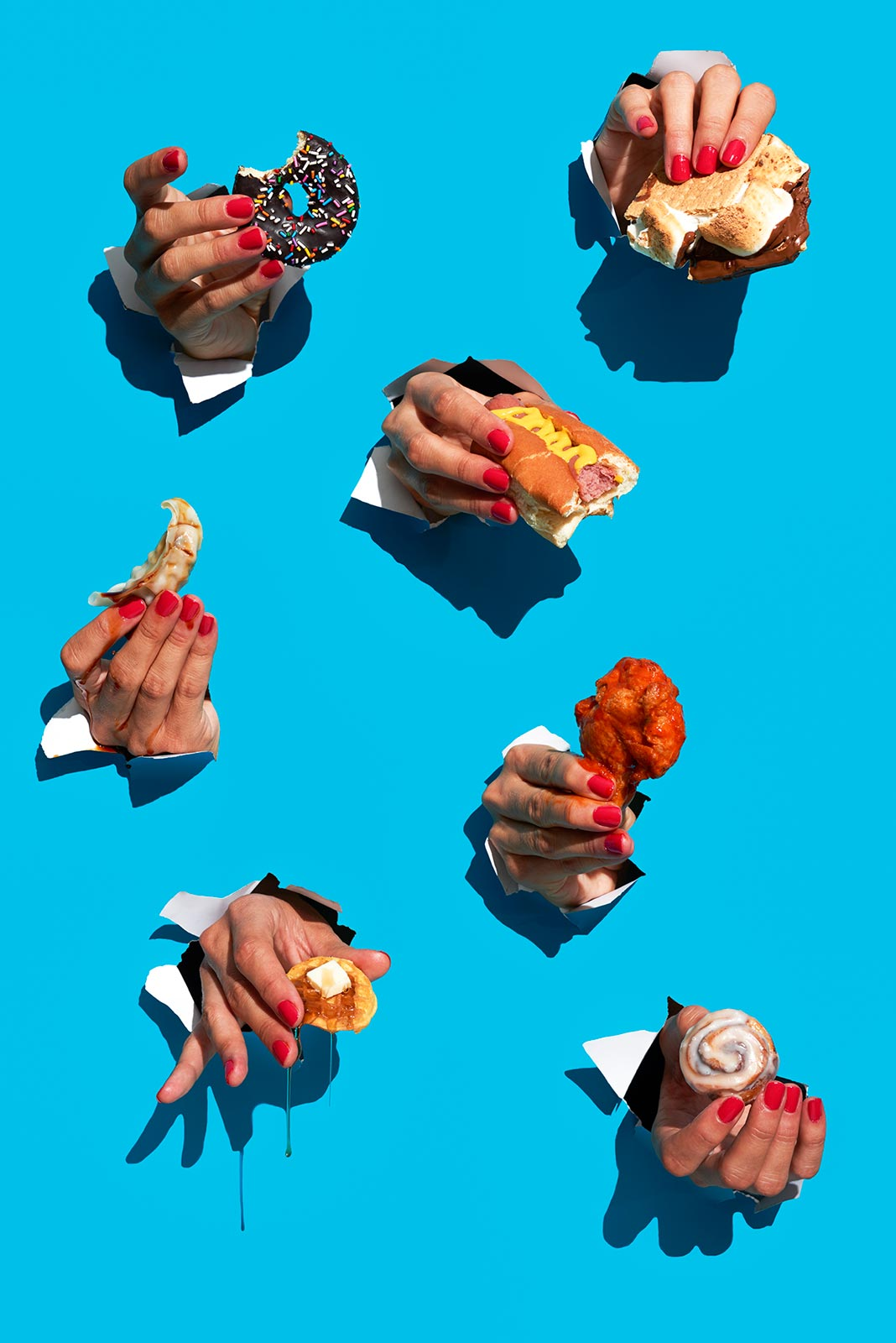 hand with different kind of food Claudia ficca food stylist Fuorizona food agency